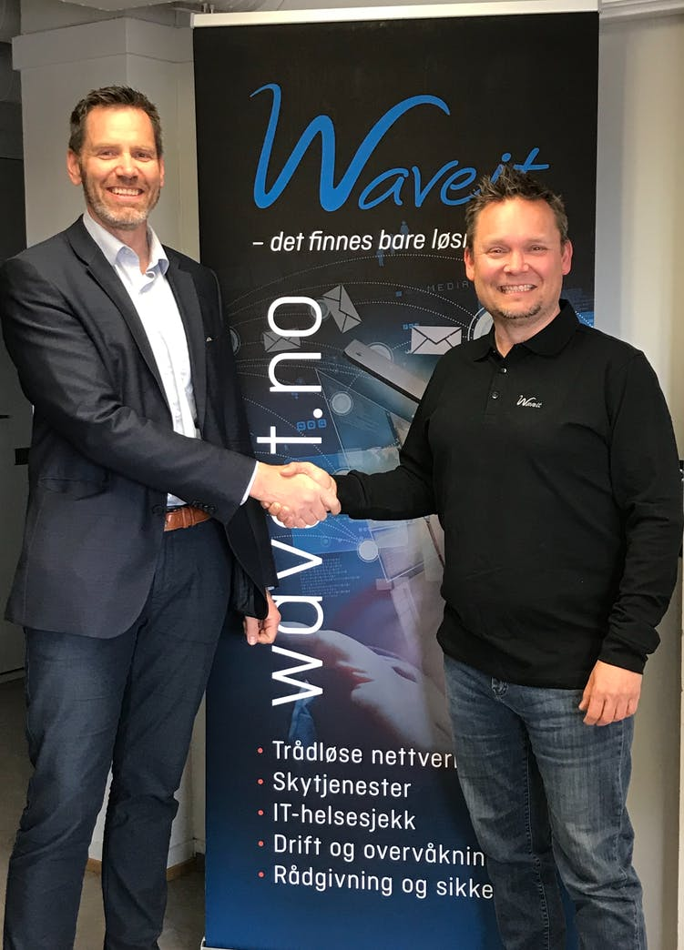 Waveit I Samarbeid Med Paratum Consulting  Eirik Og Tor Arne